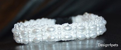 breakaway pearl white crochet cat collar