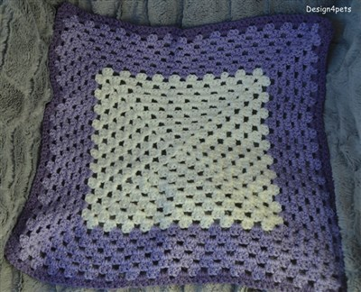 nanny sqare crochet cat blanket